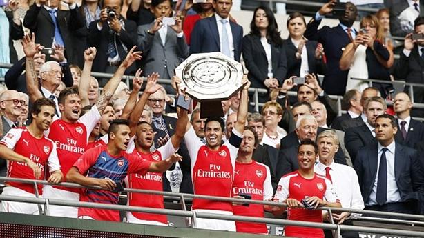"""Video Arsenal 3-0 Man City: """"Pháo thủ"""" vô địch Siêu cúp Anh"""