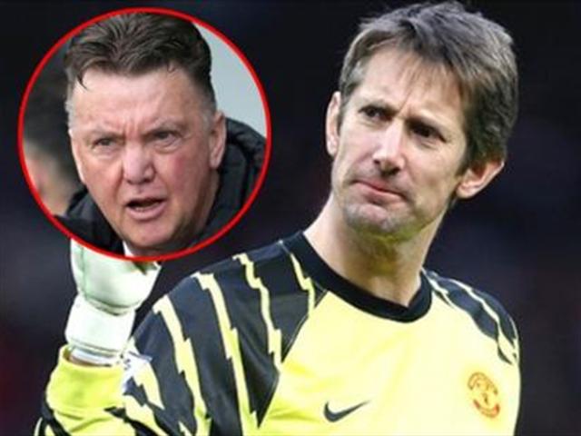 """""""Không ai có thể cứu Man United, trừ Van Gaal"""""""
