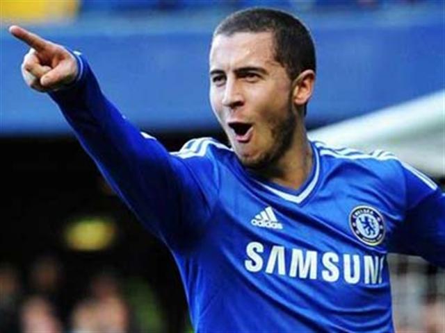 """Hazard """"ôm"""" cú đúp giải thưởng, nhắm tới cú ăn 3"""