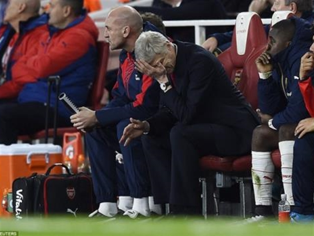 Hết ảo tưởng chưa, Arsenal?
