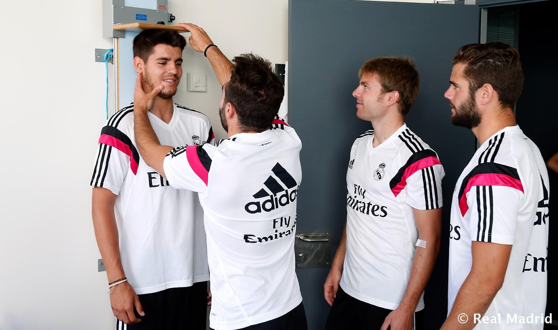 ¿Cuánto mide Álvaro Morata? - Real height Fghjdgjgfbnghydf